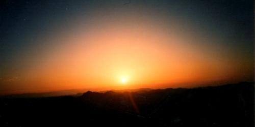 20160101 Eye シナイ山頂からの夜明け
